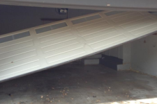 Call the Pros for These Five Garage Door Repairs